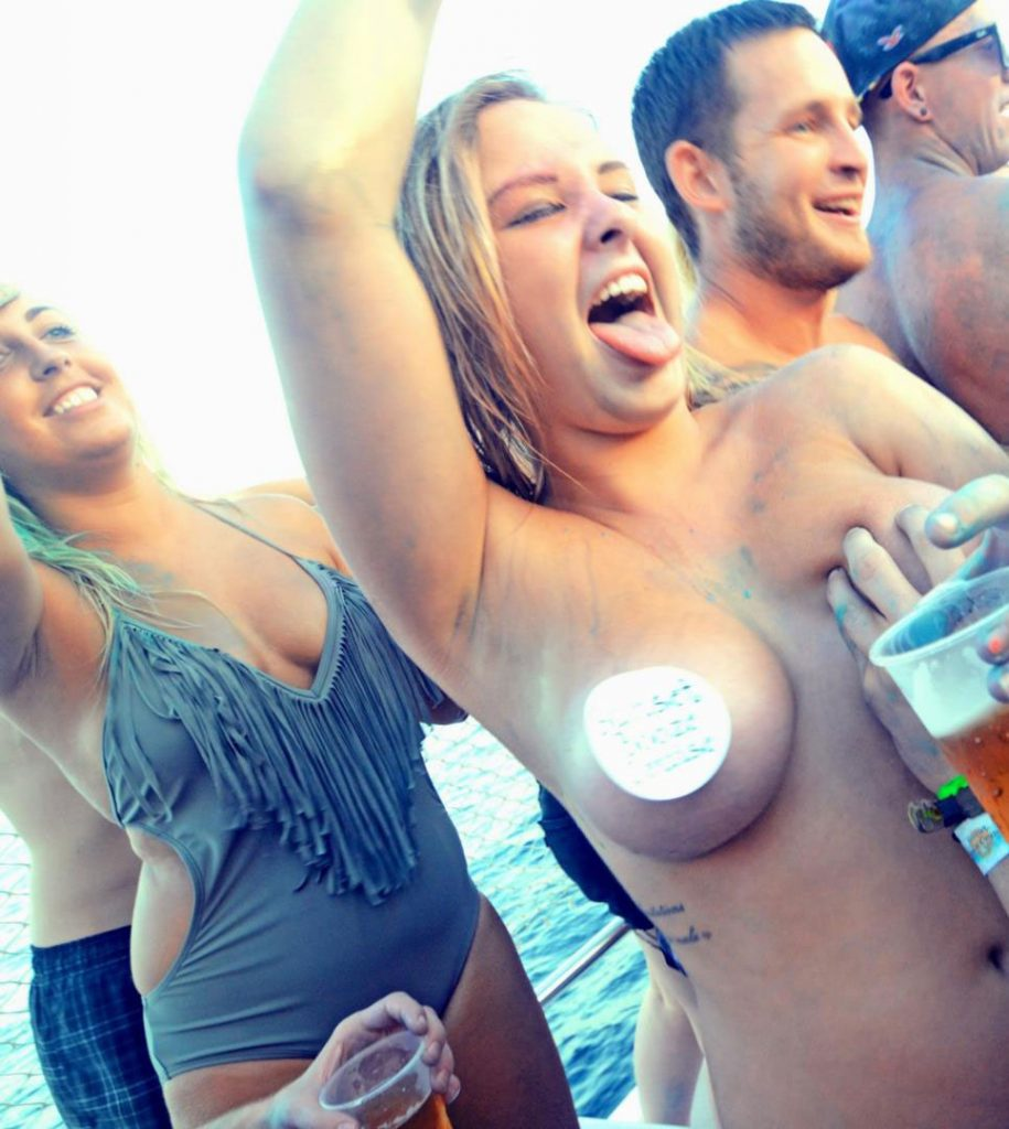 Drunk girl shows her boobs and pasties